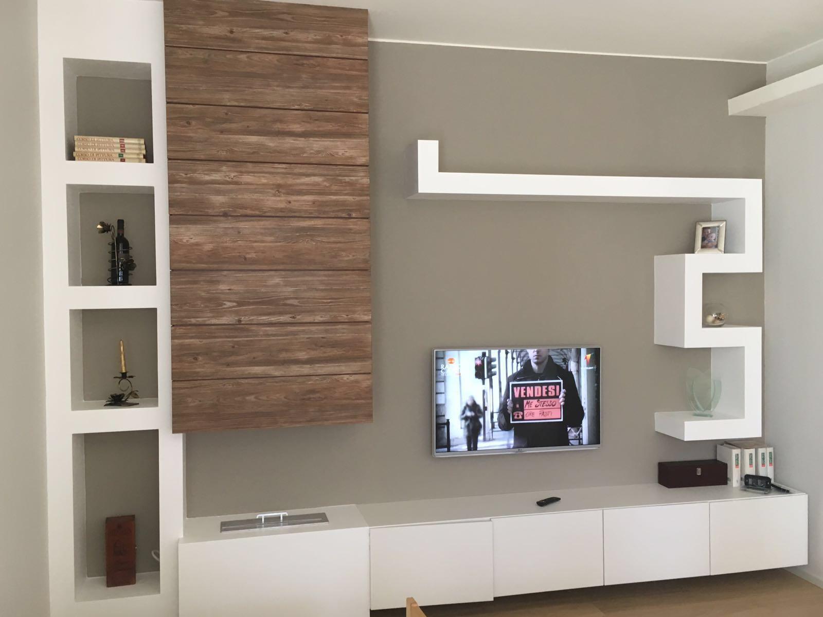 Dividere senza pareti salotto e cucina for Pareti attrezzate in cartongesso foto